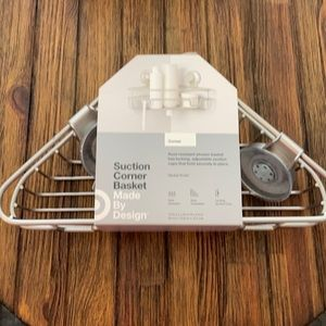 NWT! Suction corner basket
